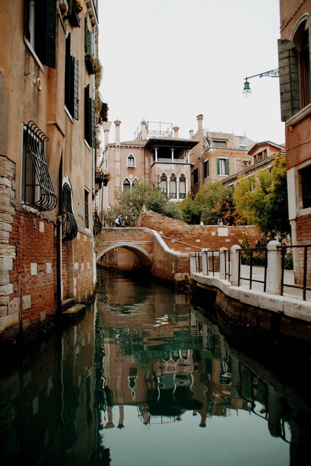 One day in Venice - A Photo Love Story with Bridges